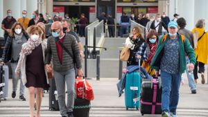 Brussel·les recomana començar a eliminar les restriccions de viatge de cara a l'estiu