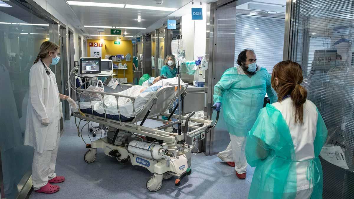 UCI para enfermos de Covid en el Hospital Vall d'Hebron de Barcelona.
