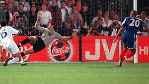 Trézeguet fue el héroe de la final con su gol de oro.