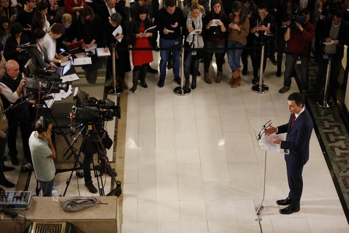 Rueda de prensa de Pedro Sánchez tras firmar el acuerdo de Gobierno con Albert Rivera.