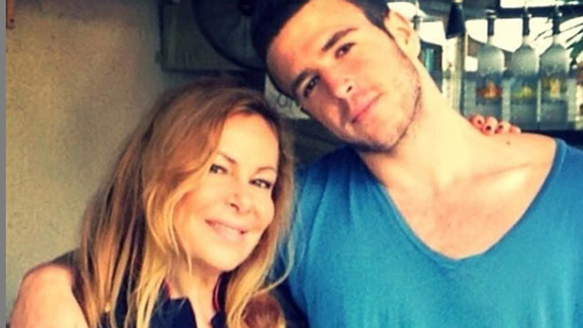 Ana Obregón reaparece en Instagram tras la muerte de su hijo Aless: Se apagó mi vida.