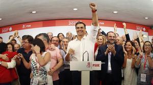 Pedro Sánchez celebra su triunfo en las primarias del PSOE, el pasado 21 de mayo.