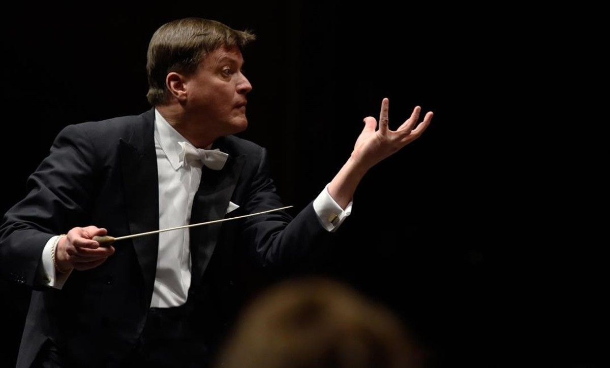 Christian Thielemann dirige a la Orquesta Filarmónica de Viena en la interpretacion de la 'Novena sinfonía'de Beethoven,en el Festival de Pasqua de Salzburgo.