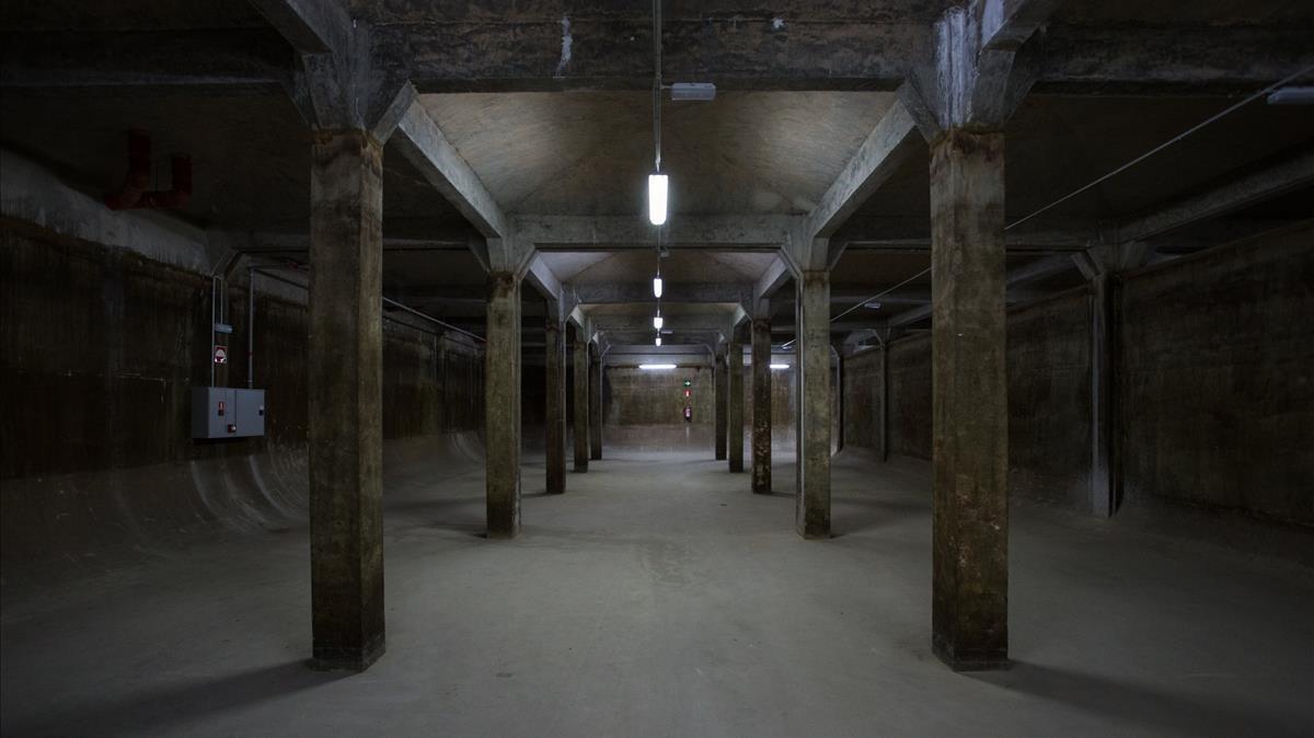 Depósito de 10.000 metros cúbicos de la Casa de l'Aigua deTrinitat Nova.