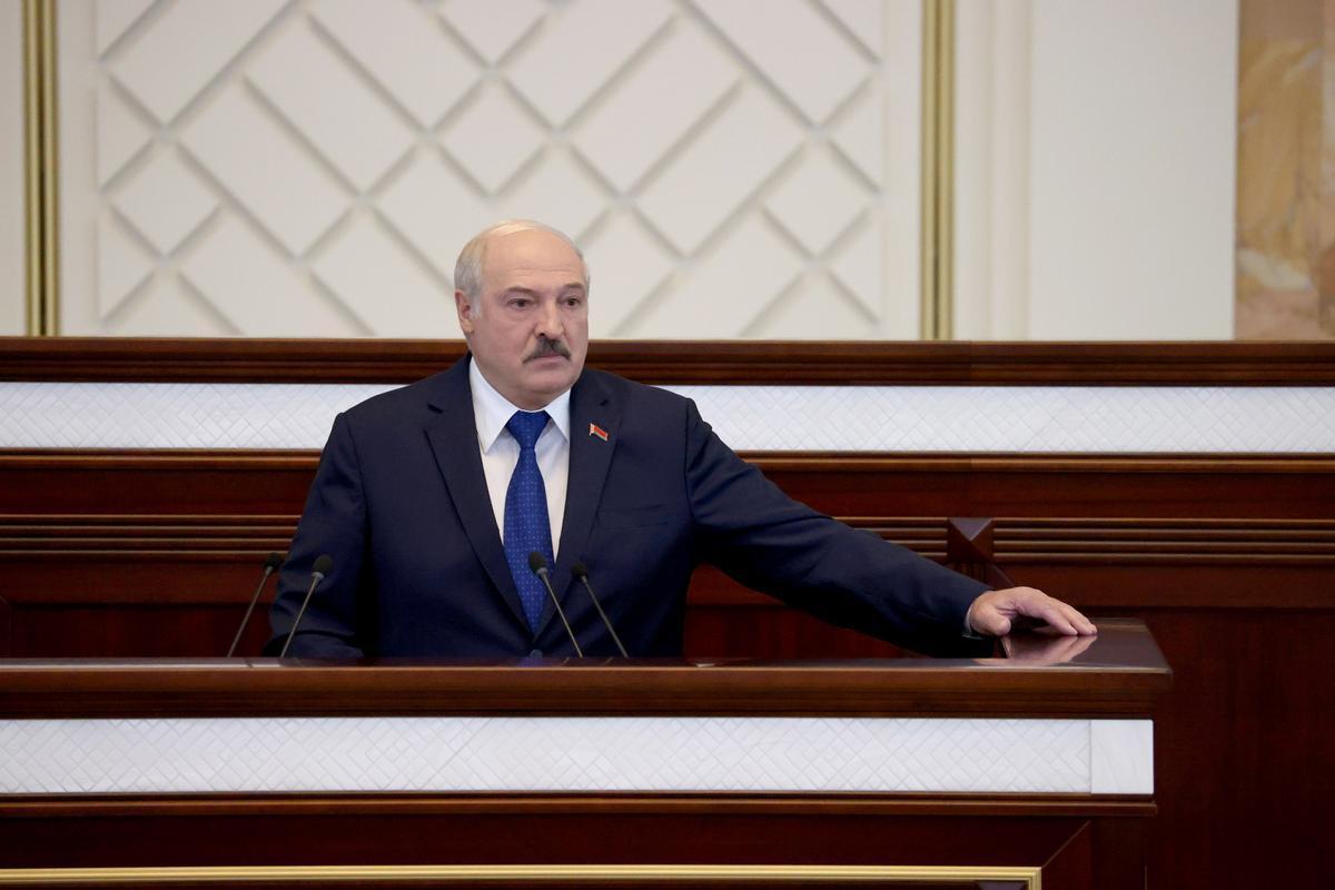 El presidente bielorruso, Alexándr Lukashenko, durante una intervención en el Parlamento de Minsk.