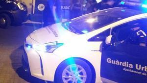 Patrullas de Guardia Urbana y Mossos en Barcelona.
