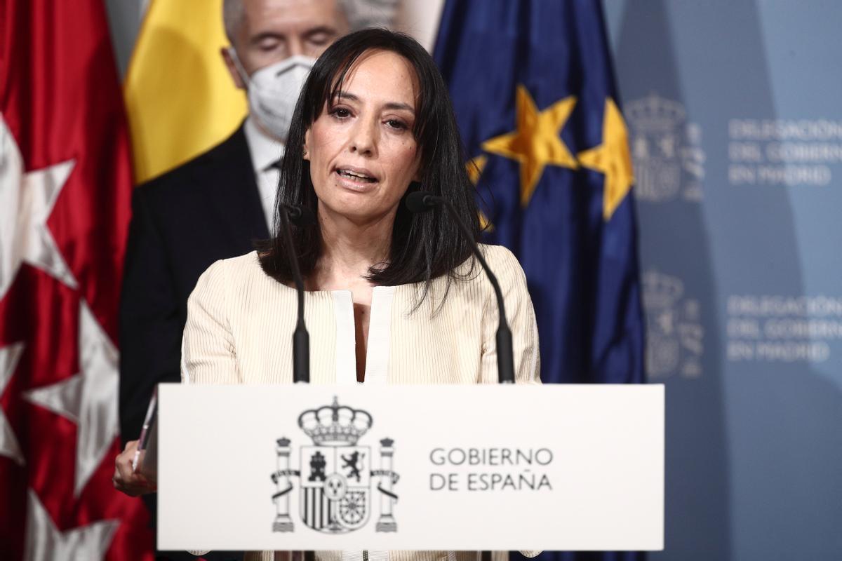 """La nueva delegada del Gobierno en Madrid, a Ayuso: """"Condenadas a entendernos"""""""