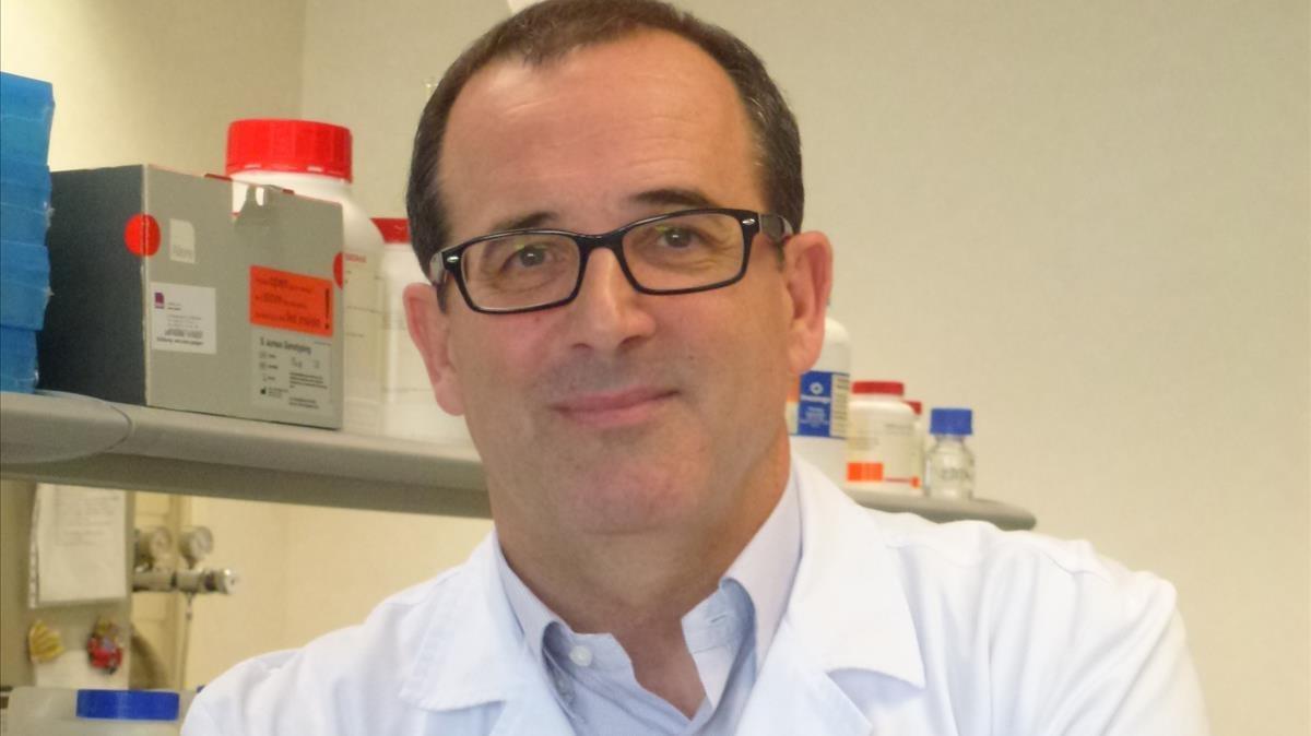 Rafael Delgado,  jefe del servicio de Microbiologia del hospital 12 de Octubre