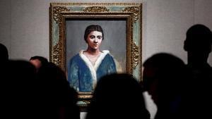 Obra 'Retrato de mujer (Olga)', de Picasso, en la exposición del Museo Pushkin de Moscú.