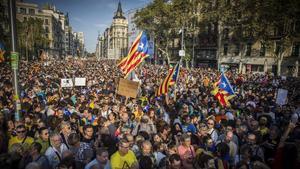 La manifestación en Plaça Universitat.