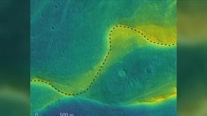 Imagen de una cuenca de un río en Marte tomada por el Mars Reconnaissance Orbiter de la NASA. El color indica la elevación del terreno (el azul indica una zona baja, el amarillo una alta)