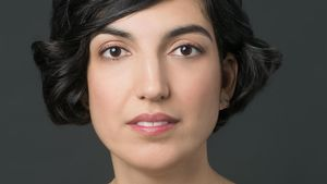 La escritora norteamericana de origen turco Elif Batuman.