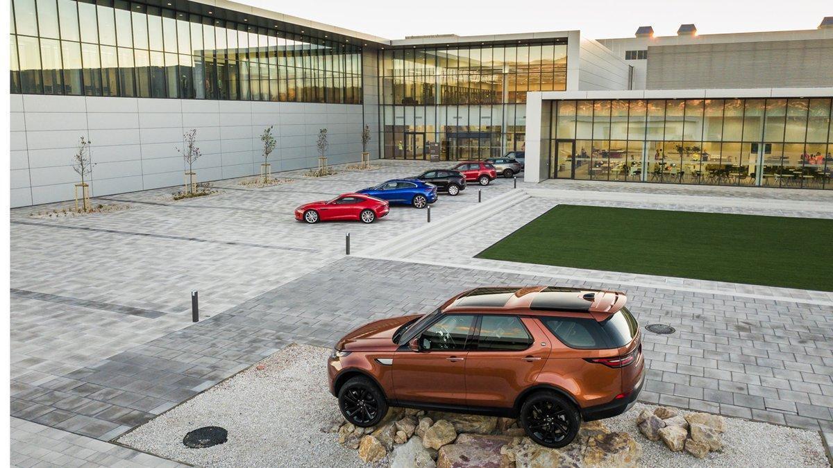 Jaguar Land Rover produce vehículos en el Reino Unido.