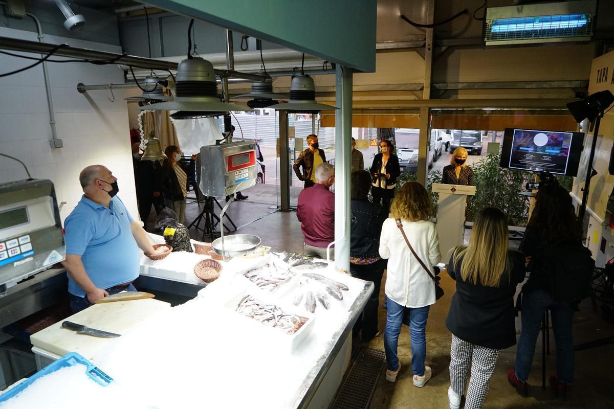 Los mercados municipales de Esplugues abren una plataforma de compra en línea