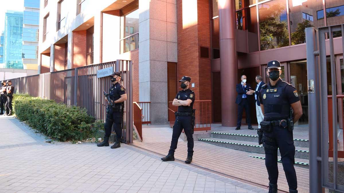 Entrada de la sede del Tribunal de Cuentas en Madrid.