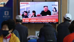 Kim Jong-unreaparece en un acto público tras 20 días de ausencia.