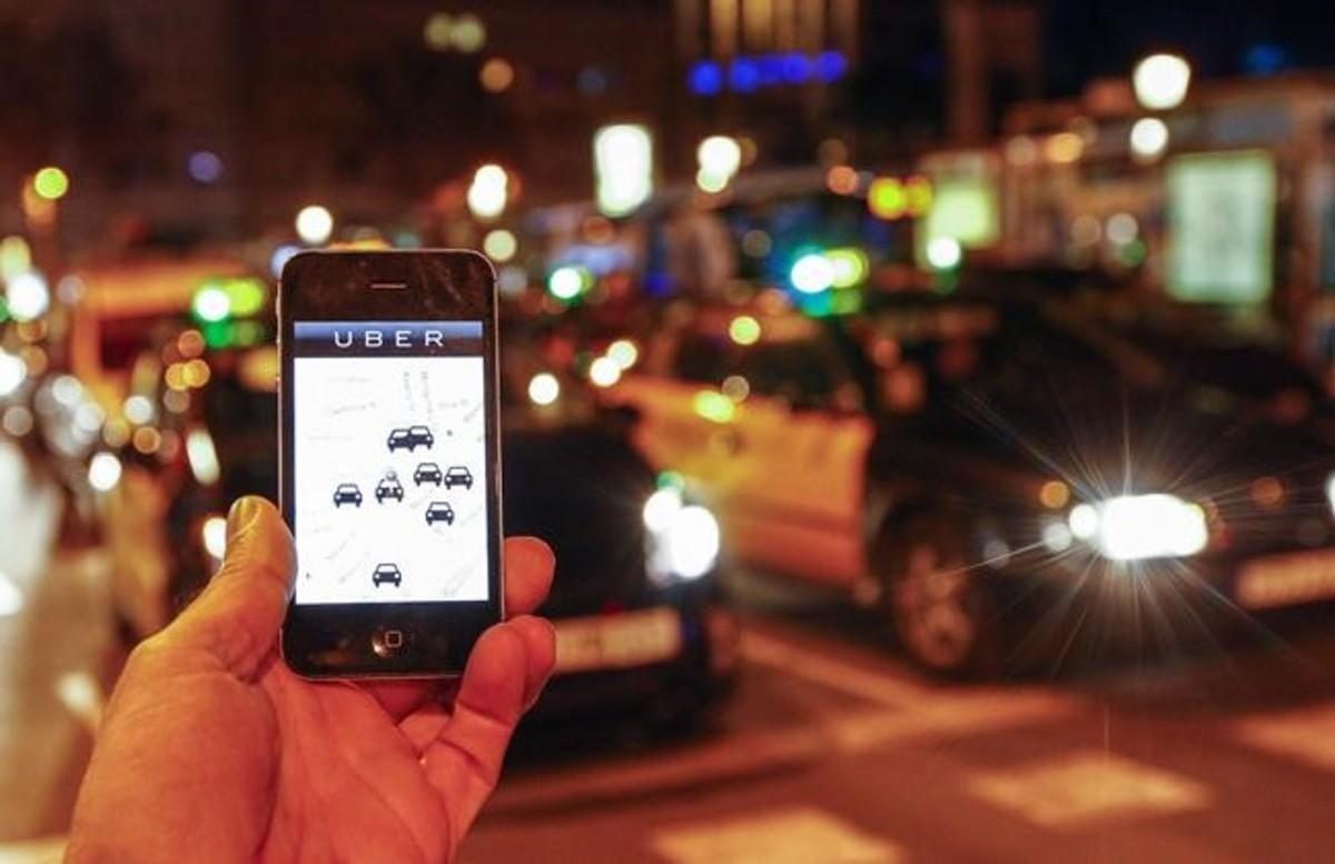 La aplicación Uber, en diciembre del 2014, cuando todavía funcionaba en Barcelona.