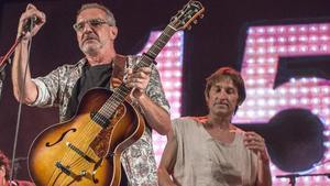 Quimi Portet y Albert Pla, en el concierto 'La banda sonora del nostre país', en Figueres.