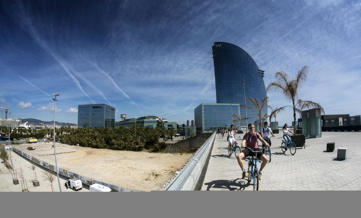 Terrenos donde estaba prevista la construcción del Museo Hermitage Barcelona.