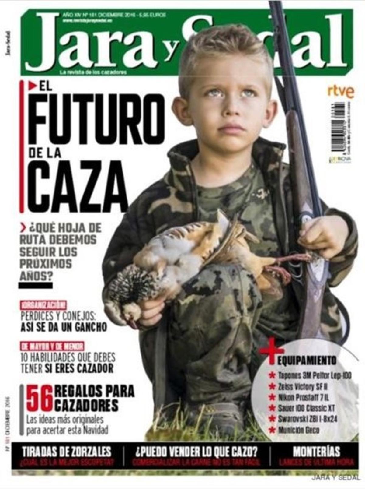 La revista Jara y Sedal pone en portada a un niño armado y suscita todo tipo de críticas