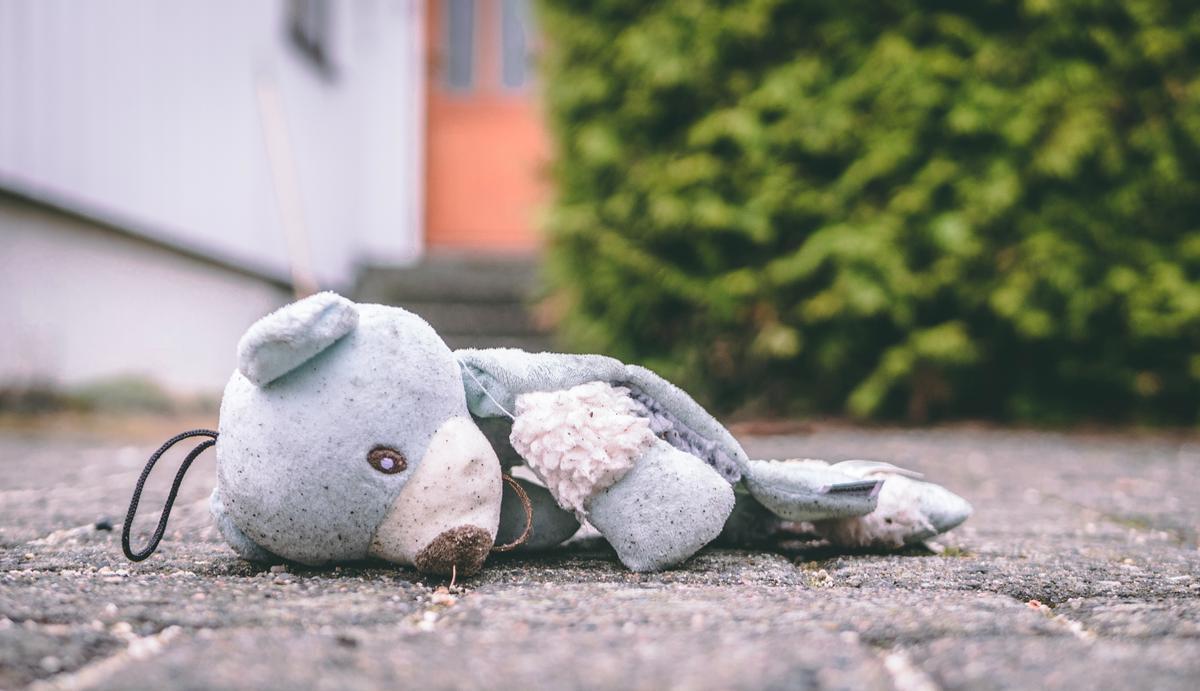 Matar a los hijos para dañar a la madre: la punta del iceberg de la violencia vicaria