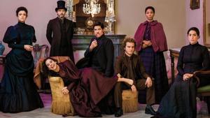 Los actores de 'L'habitació del costat', de Sarah Ruhl, en una imagen promocional de la obra.