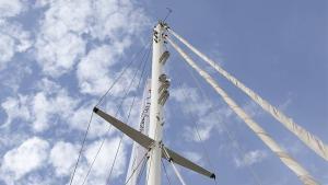 El palo mayor del velero 'Íbero III'.