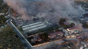 Devastador incendio en el campo de refugiados de Moria, en la isla griega de Lesbos.