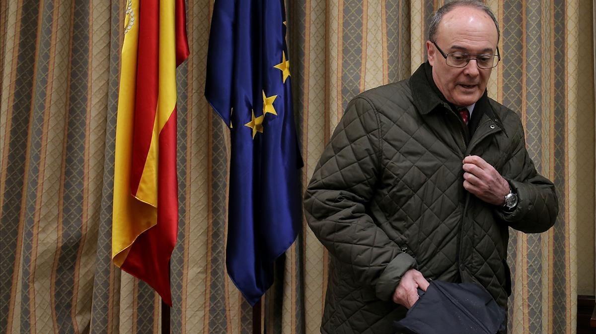 El gobernador del Banco de España, Luis María Linde, en el Congreso.