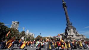 Concentración en el monumento a Colón en Barcelona.