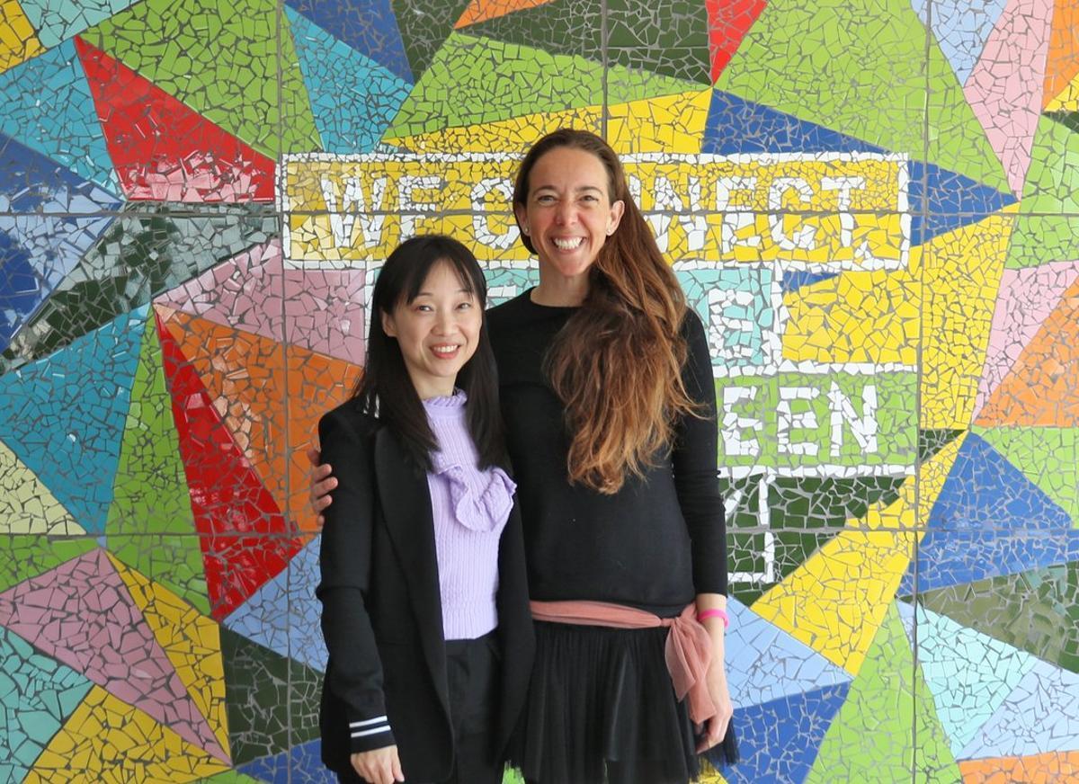 Luz Ma Chen, directora general de Chint Energy, y Carlota Pi, presidenta ejecutiva de Holaluz.
