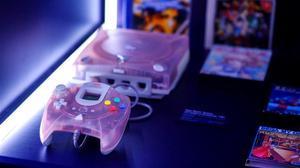 La videoconsola Dreamcast DC Hello Kitty de SEGA en la exposición Game On.