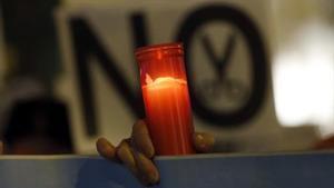 Detalle de una protesta contra los cortes de luz.