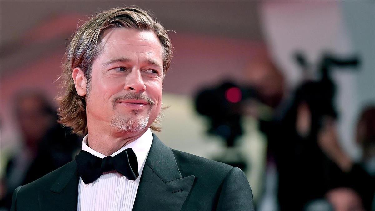 Brad Pitt: «Em vaig passar els 90 amagant-me i fumant herba»