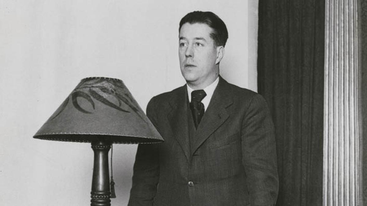 Josep Canudas, a punto de dar una conferencia en 1936.