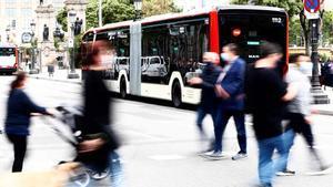 Presentación del bus Lion's City 18E, eléctrico y de 18 metros, que en julio se probará con pasajeros en Barcelona.