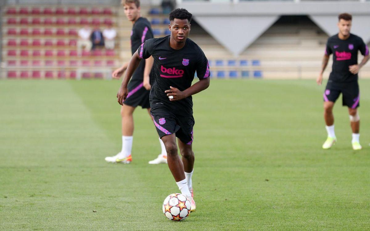 Ansu Fati, en el último entrenamiento del Barça antes del estreno europeo contra el Bayern.