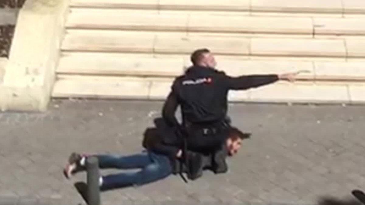 Detenido un ciudadano argelino por agredir con un machete a un compatriota.