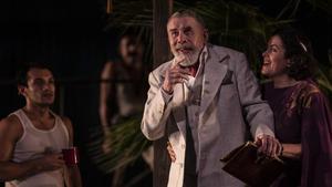 Lluís Soler y Màrcia Cisteró en 'La nit de la iguana', una obra de Tenesse Williams dirigida por Carlota Subirós.