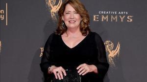 Ann Dowd, en septiembre del 2017, en la ceremonia de los Emmy.