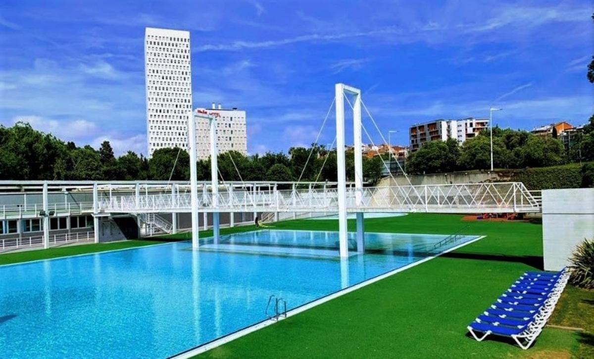 La piscina de Can Zam de Santa Coloma de Gramenet.