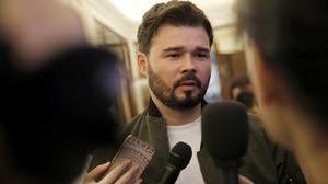 Rufián, ha recordado que a él le llamaron gilipollas desde las filas del PP.