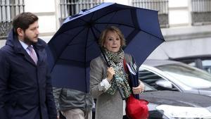 Aguirre distribueix les seves responsabilitats al capdavant del PP