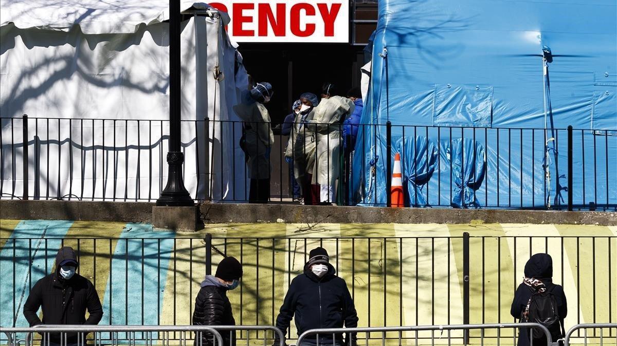 Els EUA es converteixen en el país amb més casos de coronavirus