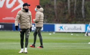 Diego Simeone durante el último entrenamiento del Atlético de Madrid.