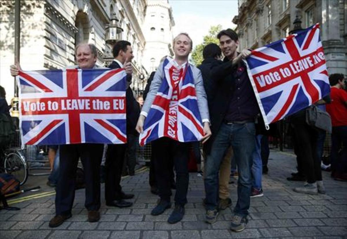Partidarios del 'brexit', en Londres, el pasado 24 de junio.