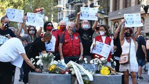 Silenci i unitat en el tercer aniversari dels atemptats del 17-A