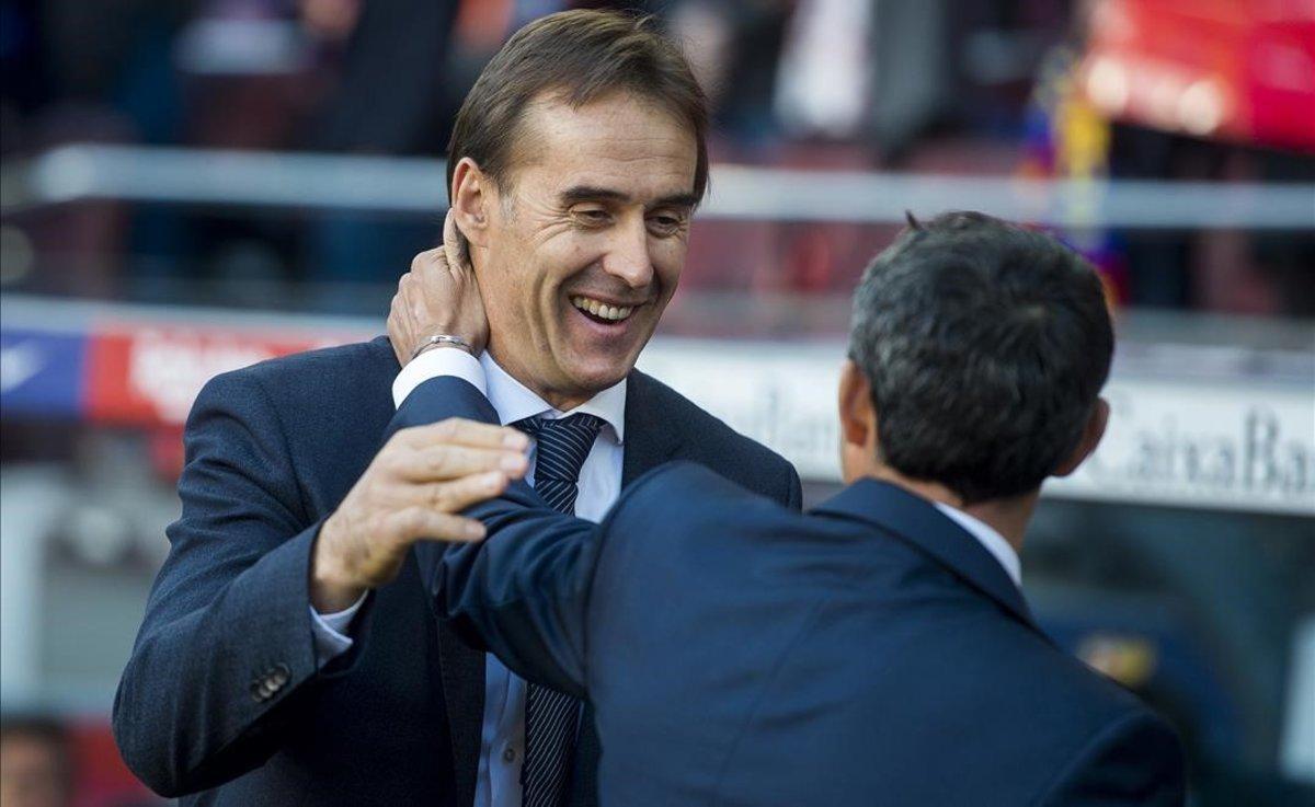 Lopetegui saluda a Valverde.