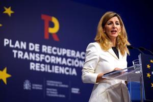 La Vicepresidenta tercera y ministra de Trabajo y Economía Social Yolanda Diaz durante la rueda de prensa que ofreció esta mañanapara explicar las propuestas para el mercado de trabajo del Plan de Recuperación, Transformación y Resiliencia.