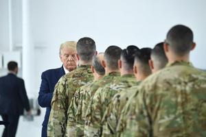 Trump defendió de nuevosu decisión de acabar con elpoderoso general iraní QasemSoleimaní.